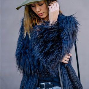 NWT Navy Blue Furry Jacket Zara Small $69